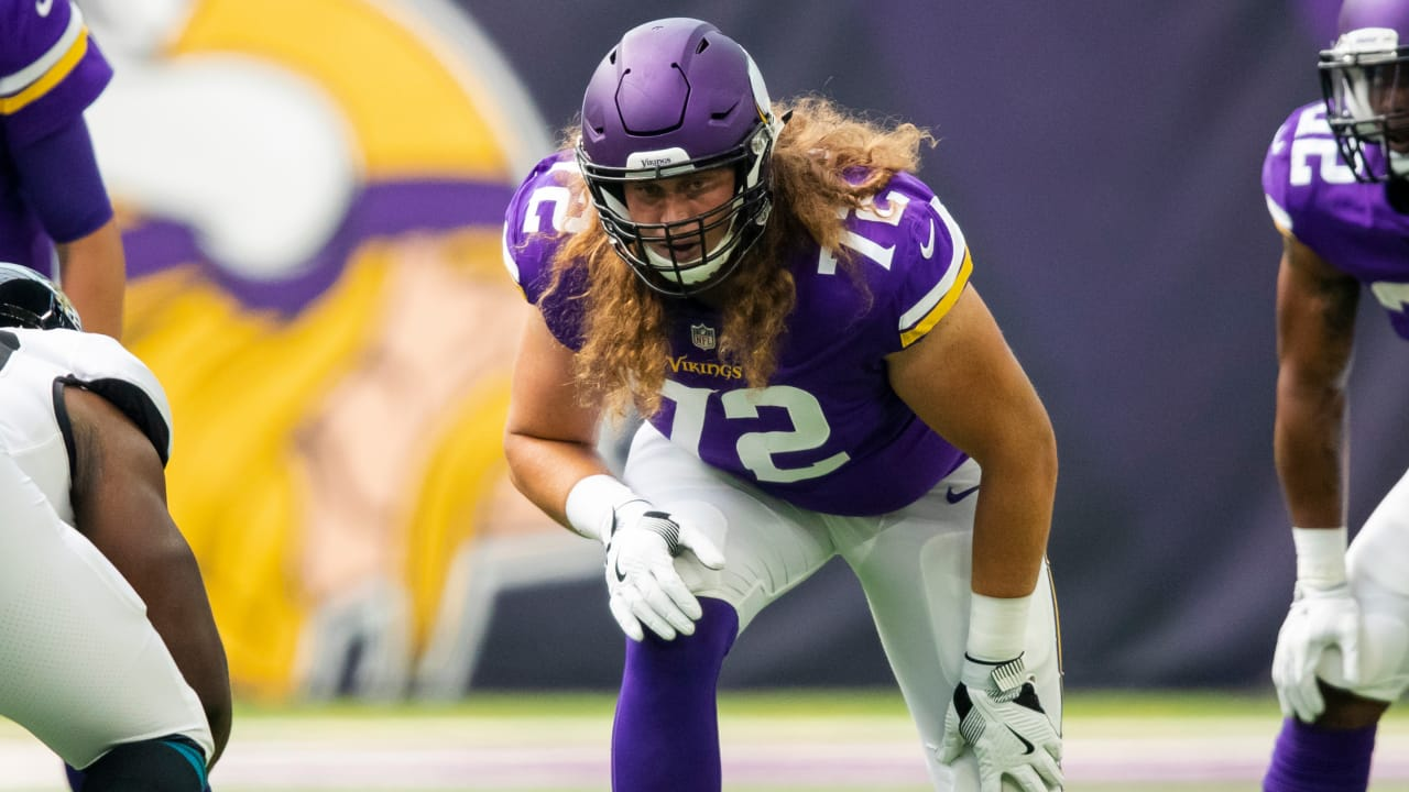 watch 726d3 cd4e5 Vikings Promote Storm Norton to Active Roster, Waive David ...