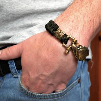 Фото паракордовый браслет с бусиной валькирия и застежкой хищник