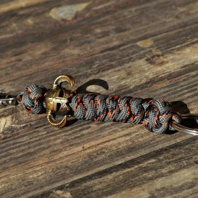 Брелок из паракорда с кольцом для ключей и карабином