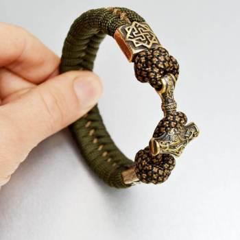 Фото браслет из паракорда с молотом тора