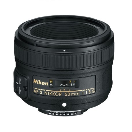 Nikon 50mm Pic2 (800 x 800)