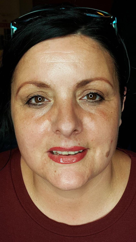 viktoria logoida trattamento trucco permanente allieve al corso base sfumatura velours lips labbra