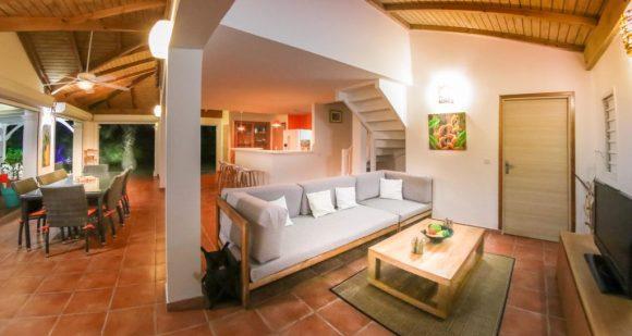 Le séjour ouvert de la Villa Blue Lagoon Saint-François