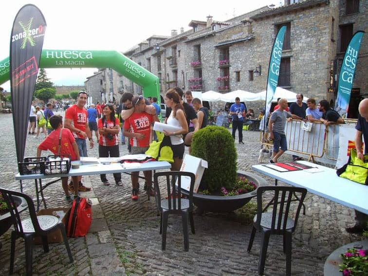muchos_voluntarios_en_la_tarde_del_viernes.jpg