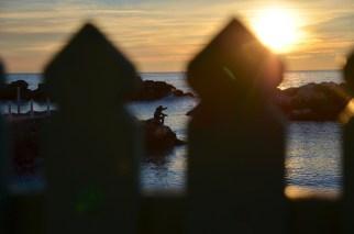 Aspettando il tramonto a Marina di Pisa