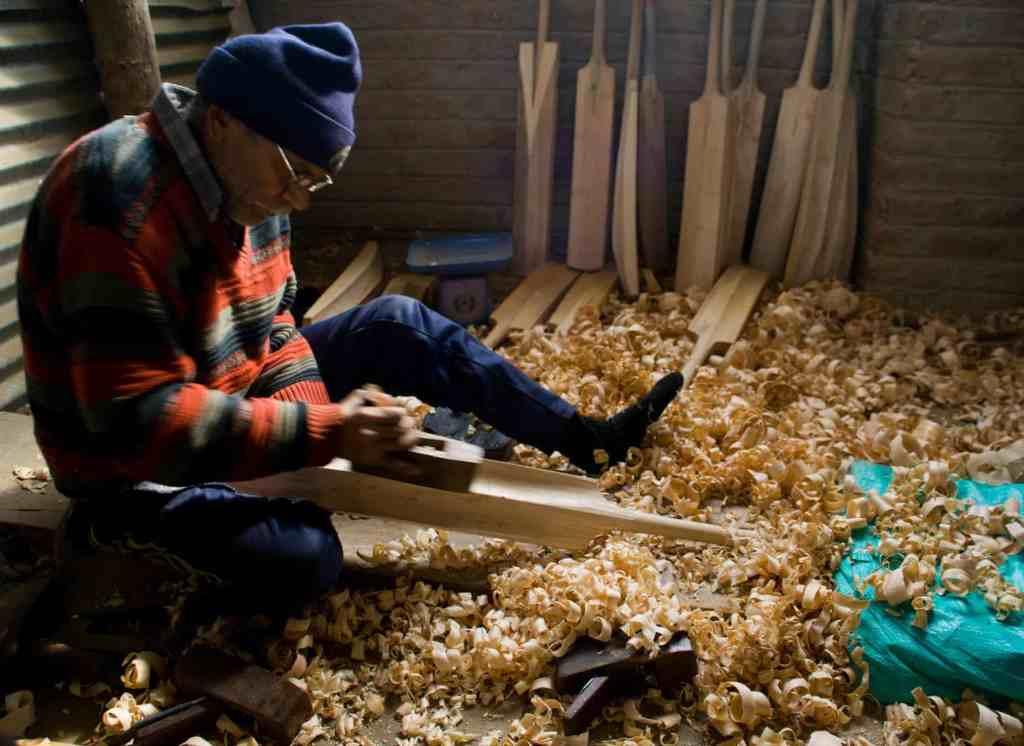 kashmir cricket bats vs english willow