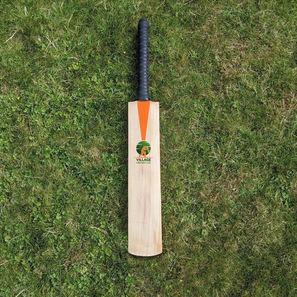 Best Junior Cricket Bat of 2021 1