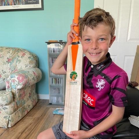 happy junior cricket bat