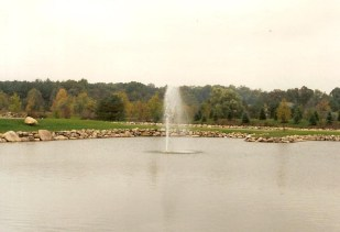 Golf_Course_Pebble_Creek_Fountain_2