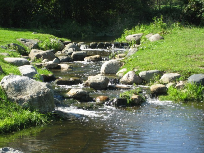 Golf_Course_Preserves_Waterfall_2