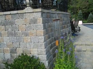 Hardscape Raised Paver Brick Patio