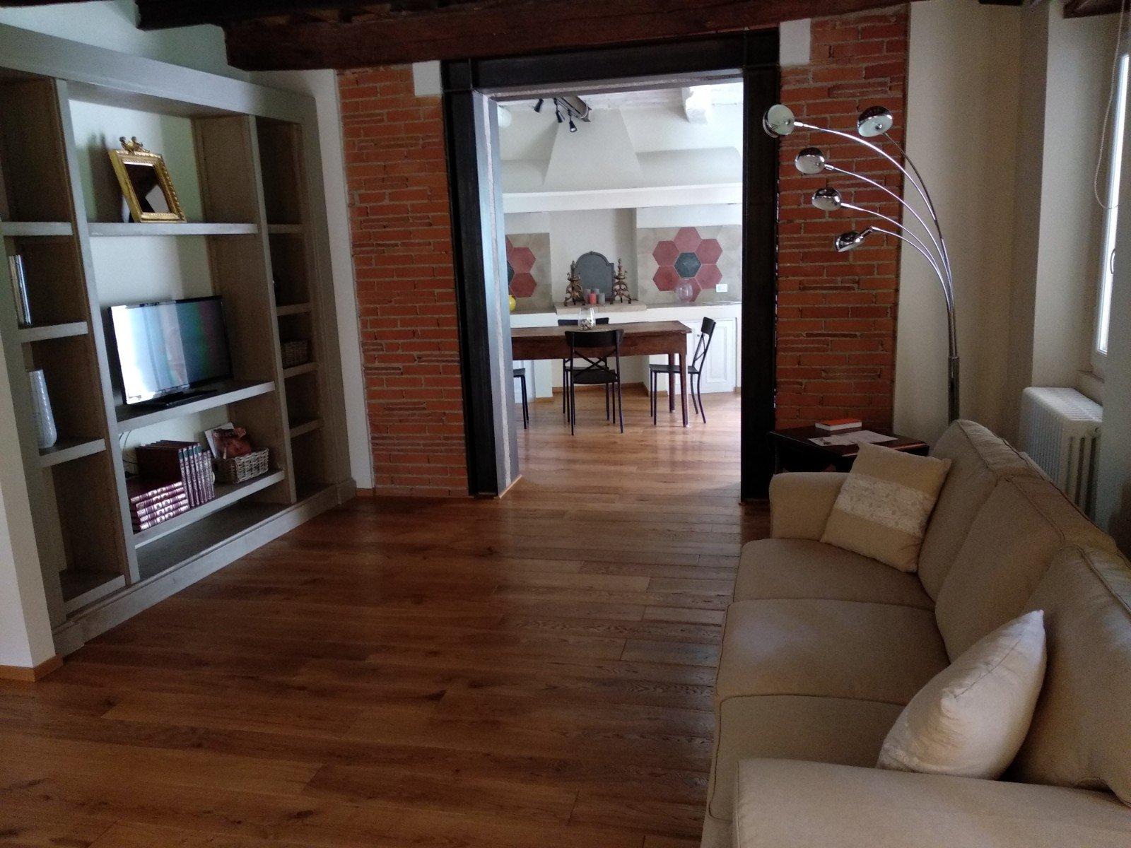 Living Room Azalea