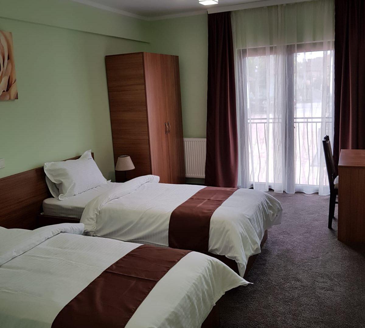 camera-doua-paturi