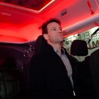 A Ford színes belső világítással növelné a villanyautók hatótávolságát