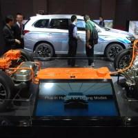 Használt akkumulátorokkal zöldül a Mitsubishi Outlander gyára