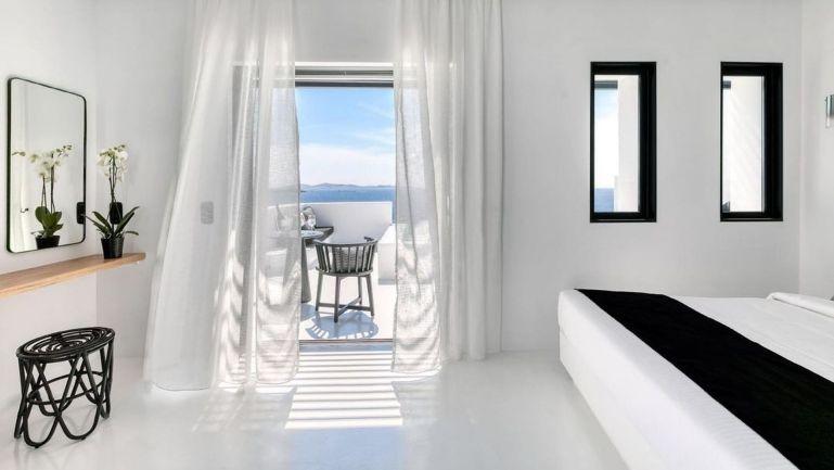 villas-mykonos-rent-tagoo-black-mykonos