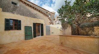 Stadthaus zu verkaufen mit Terrasse in Ses Salines