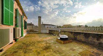 Amplia casa de pueblo en alquiler con terrazas en Ses Salines