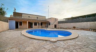 Stadthaus zu vermieten mit Pool in Ses Salines