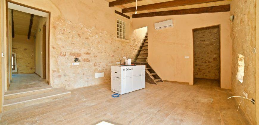 Casa de pueblo en alquiler completamente renovada en Es Llombards