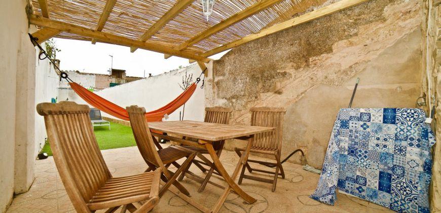 Casa de pueblo con patio en venta en Llucmajor