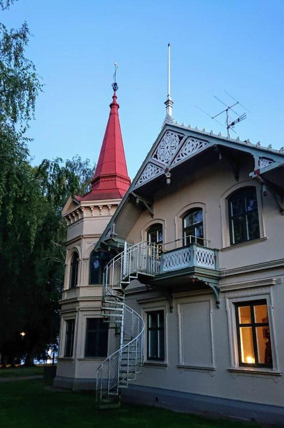 Vackra trähus i Stadsparken