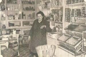 raymonde boyer dans son épicerie