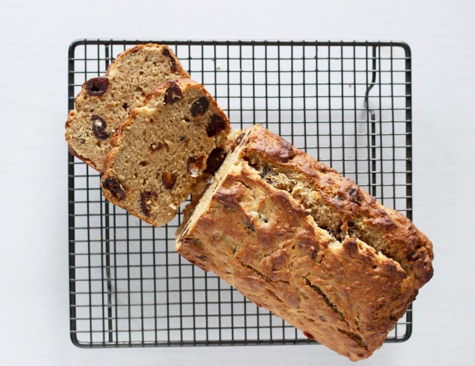 date and banana bread