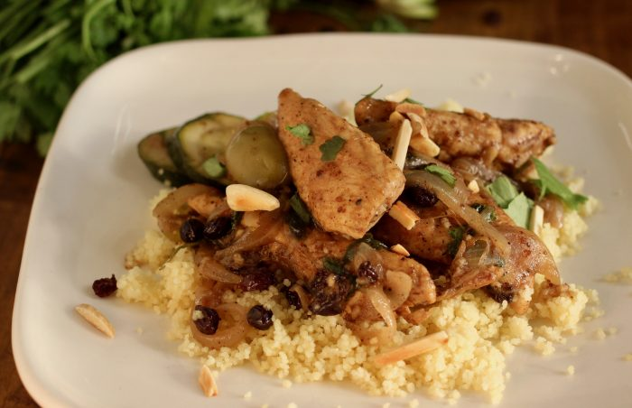 chicken with moroccan spice currants and olives