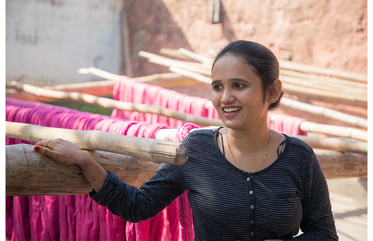 22 Read How Rajasthan's Vimla Rugs Is Weaving Purposeful Lives For Its Women Artisans