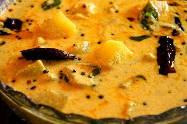 Vellarikka Parippu Curry, Cucumber Dal Curry Kerala Style, veg nadan recipe, onam sadhya recipe