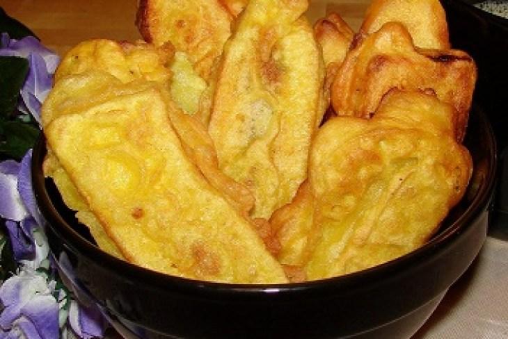 payam pori recipe, ethakka appam recipe, easy kerala snack recipe