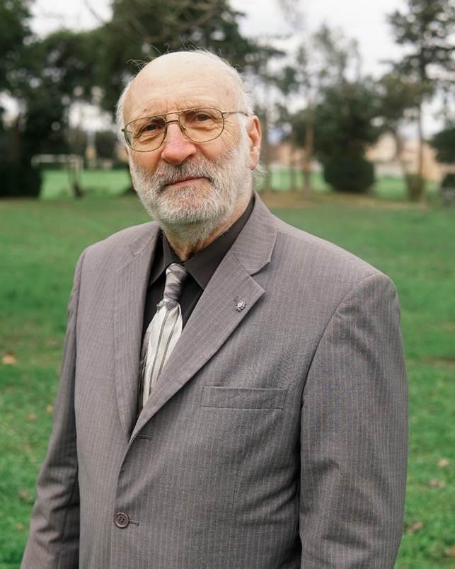 monsieur Fraticola Conseiller municipal Vinassan