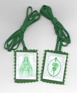 green-scapular-3