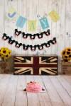 Cake smashing photoshoot session