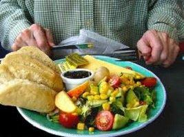 Quando il bisogno di mangiare è perenne potrebbe trattarsi di fame emotiva. Dodici motivi psicologici e le soluzioni definitive