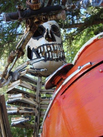 Patrick Amiot sculpture, Sebastapol, CA on July 7 2009 19