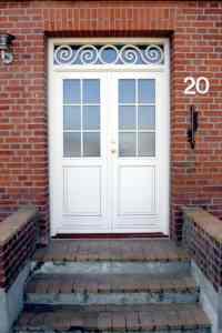 VInduer og døre kan tilbydes med flere farver eller udskæringer