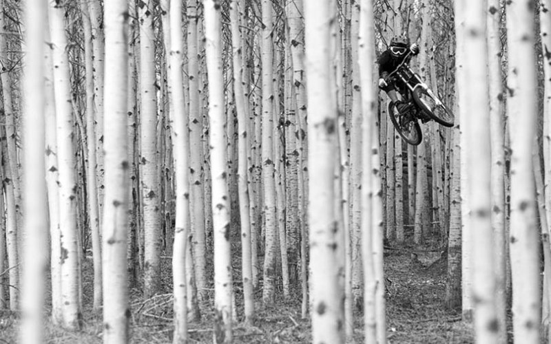 Exciting-extreme-footage-of-photo-contest-Red-Bull-Illume-vinegret (13)