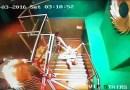 Видео: Шикарное падение девушки в ночном клубе.