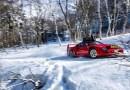 Видео: Японец дрифтит на классическом Ferrari на горнолыжном курорте.
