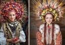 Современные девушки в традиционных украинских головных уборах и нарядах.