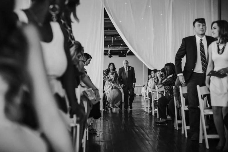 paralyzed-bride-walks-at-wedding-jaquie-goncher-vinegret (2)