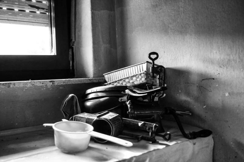 fotograf-pokazala-odin-den-iz-zhizni-svoej-babushki-vinegret-14