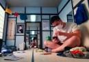 Гипнотизирующее музыкальное видео, показывающее что происходит с человеком, когда он остается в помещении слишком долго.