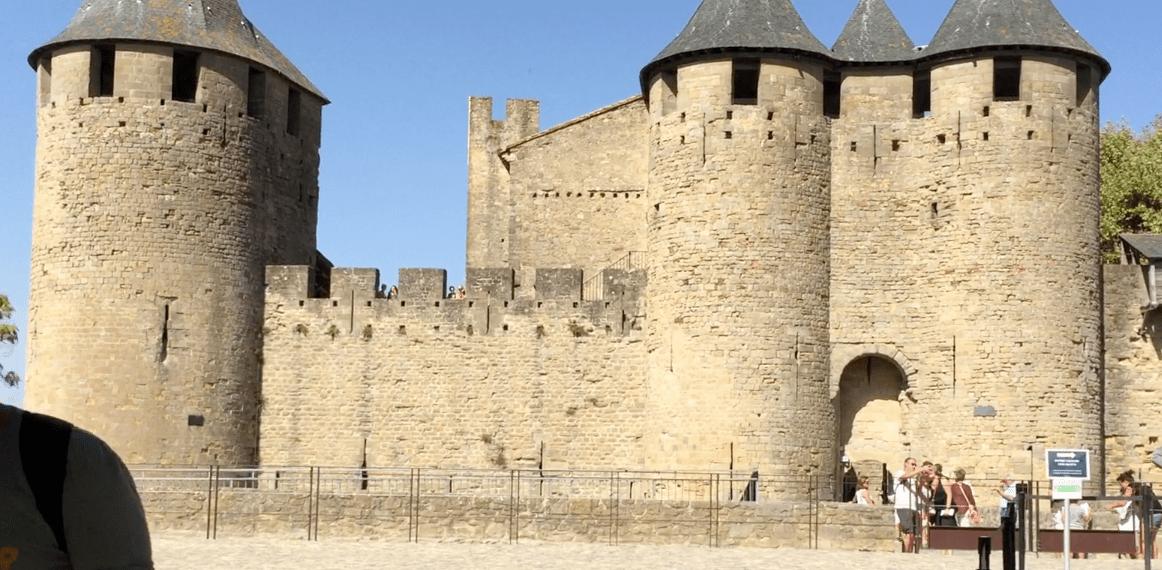 Castelo Carcassonne frente