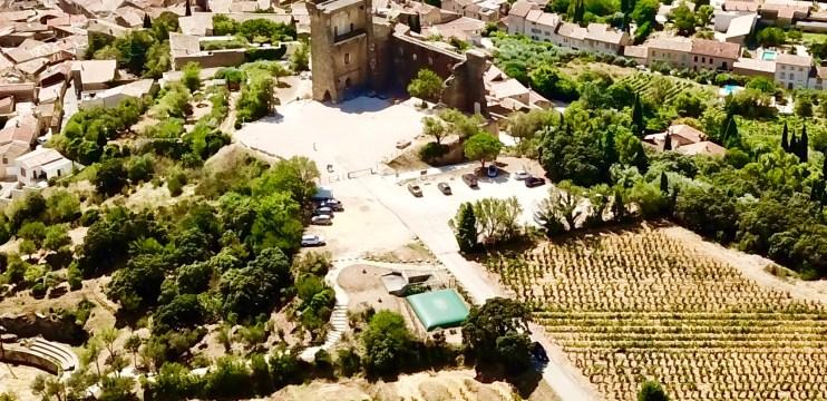 Châteauneuf-Du-Pape / França – vinhos e castelo