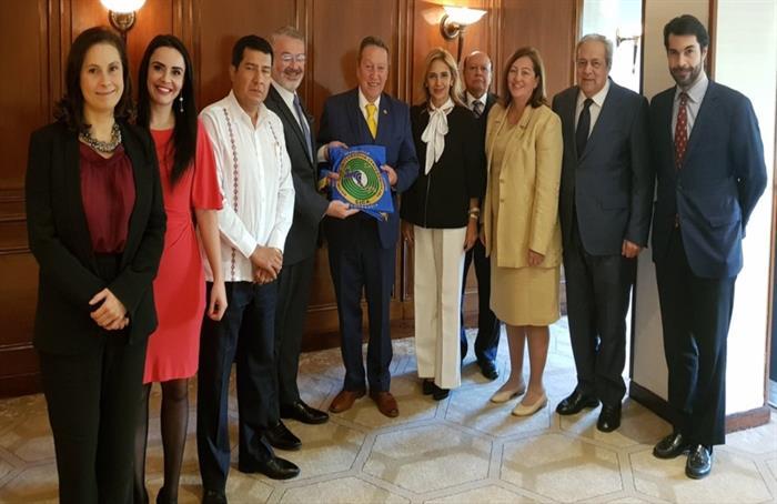Embajadores de países SICA en España brindan respaldo a la gestión de Vinicio Cerezo
