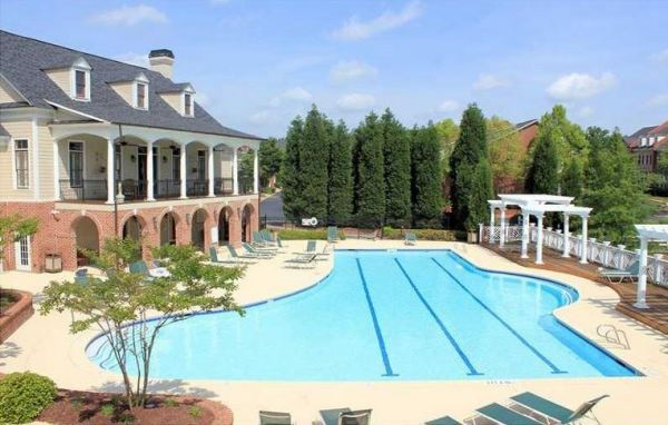 Olde Ivy At Vinings GA Swimming Pool