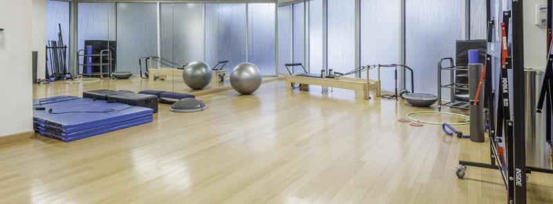 piso en madera para gimnasios